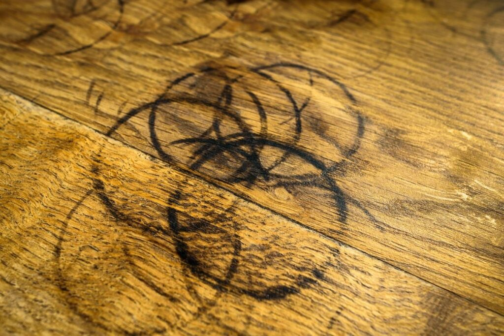 How do you remove Water Rings on the Table