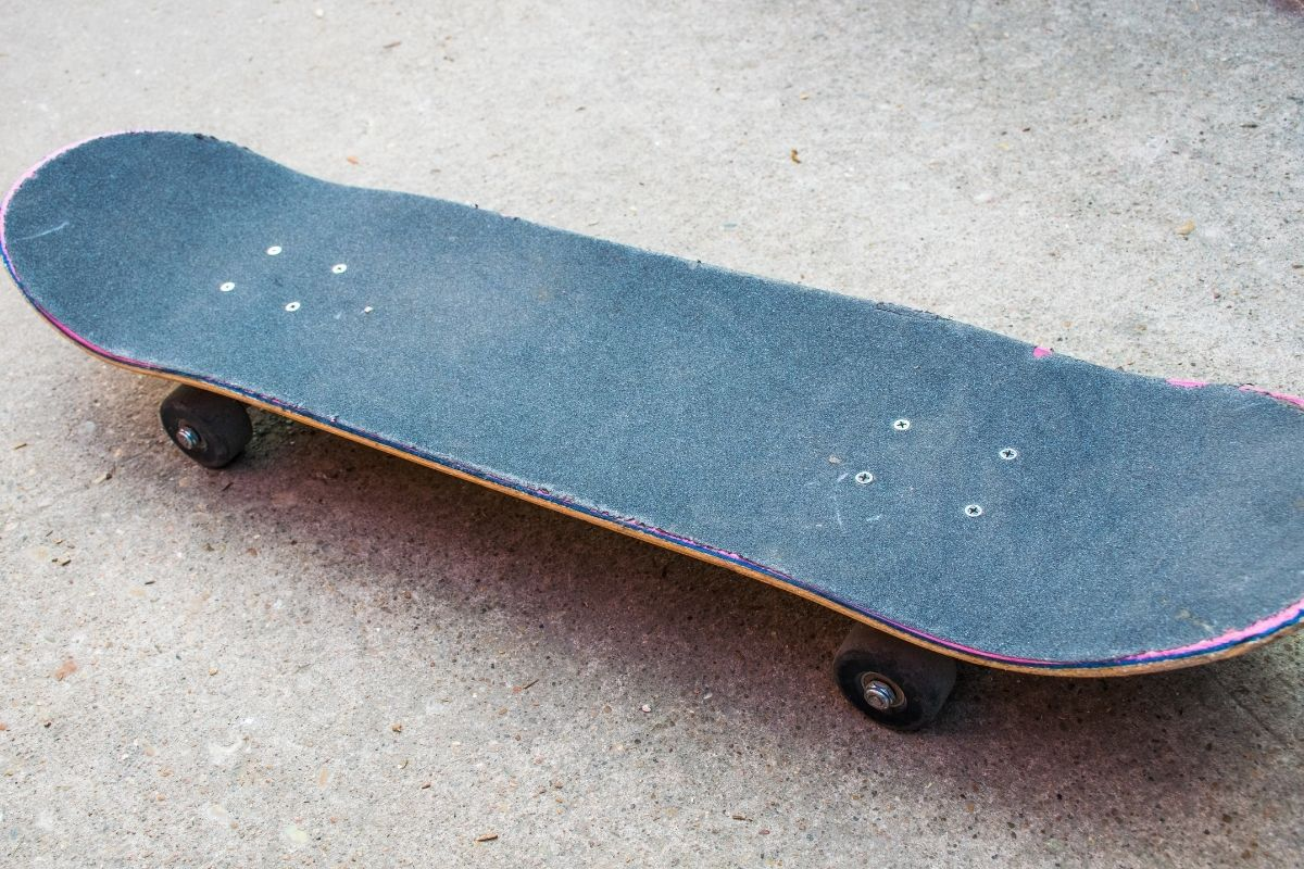 How to clean grip tape