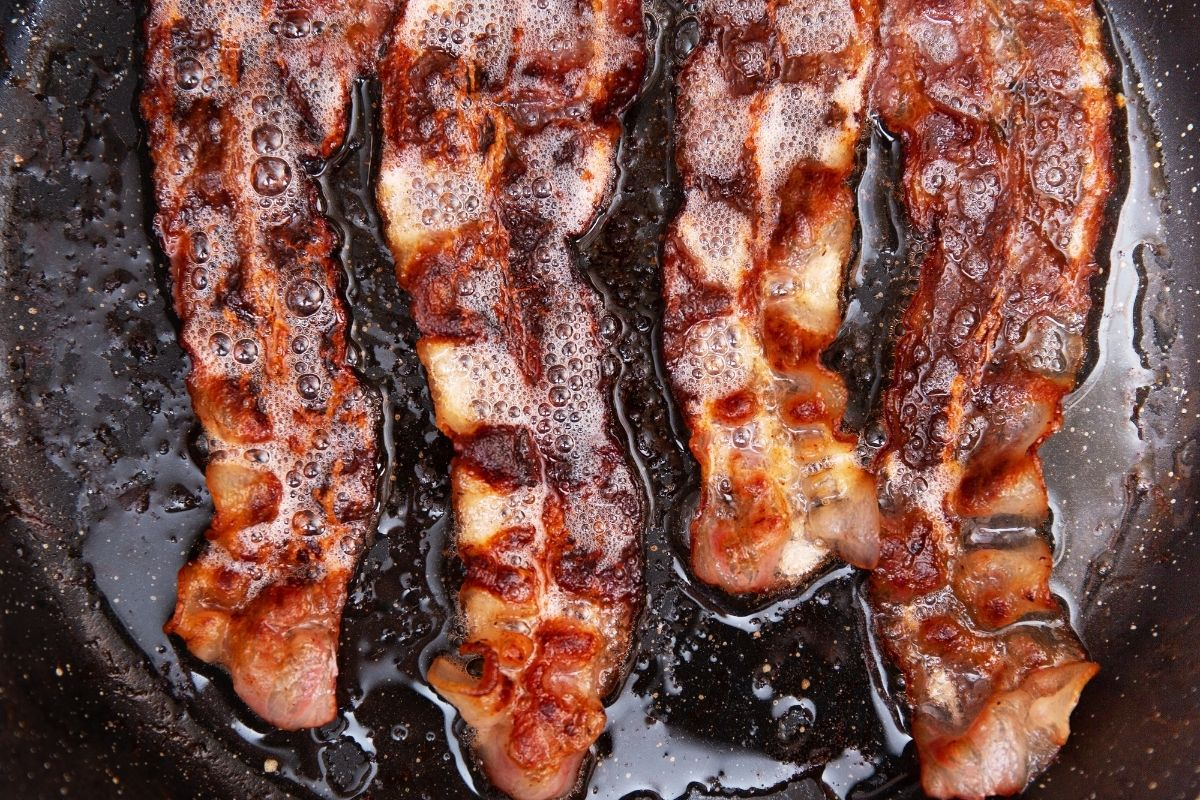 How to dispose of bacon grease
